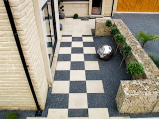 Gabion walls as you've never seen them before Modern style gardens by Yorkshire Gardens Modern