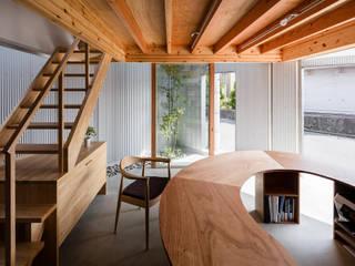 玄関兼用スペース: 建築設計事務所SAI工房が手掛けた玄関&廊下&階段です。