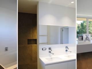 Project JI: moderne Badkamer door ARD Architecten