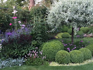 สวน โดย Caroline Benedict Smith Garden Design Cheshire, คลาสสิค