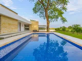 Casa de la Acacia - Sombra Natural: Piscinas de estilo  por David Macias Arquitectura & Urbanismo