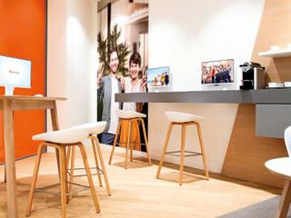 Verivox 2:  Einkaufscenter von CRi Cronauer + Romani Innenarchitekten GmbH