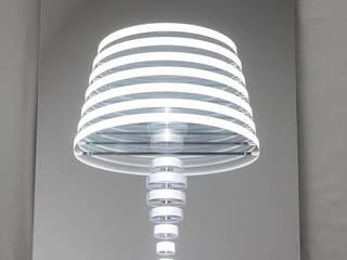MIRROR LAMP:  in stile  di MICHELE MALIN DESIGN