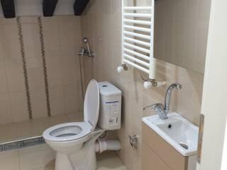Modern Bathroom by rwiçmimari Modern