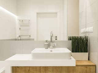 Bagno in stile scandinavo di Art of home Scandinavo