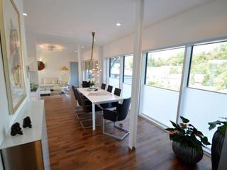 Wohnung 1: moderne Esszimmer von DRECHSLER INTERIORS