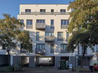 Straßenfassade:  Häuser von Architekten BDA Naujack Rind Hof