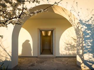 Entrada jardim:   por Helena Botelho Arquitectura