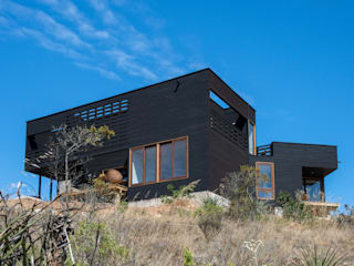 Casa en Los Molles: Casas de estilo  por Thomas Löwenstein arquitecto