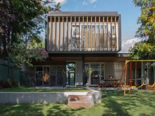Casa Granada: Casas de estilo  por Thomas Löwenstein arquitecto