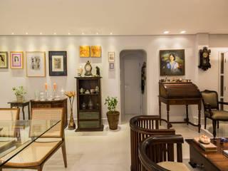 Apto JeC Salas de jantar ecléticas por Natália Parreira Design de Interiores e Paisagismo Eclético