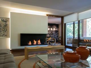 Thomas Löwenstein arquitecto Living room Wood Multicolored