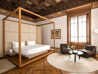 Спальни в . Автор – Giacomo Foti Photographer, Классический