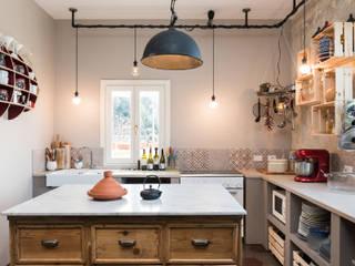 Cocinas de estilo  por Caterina Raddi