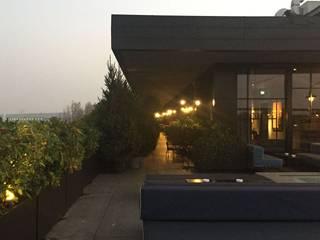 Balcones y terrazas modernos de casa&stile interior design e ristrutturazioni Moderno