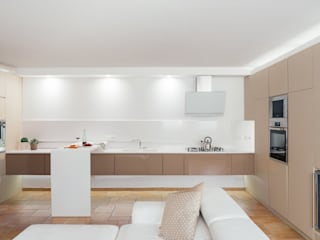 manuarino architettura design comunicazione Modern kitchen Glass Beige