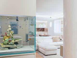 manuarino architettura design comunicazione Modern Corridor, Hallway and Staircase Beige