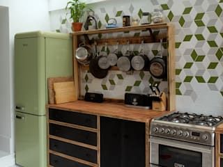CLAPTON KITCHEN - LONDON E5 Industrial style kitchen by Relic Interiors kitchens and furniture Industrial