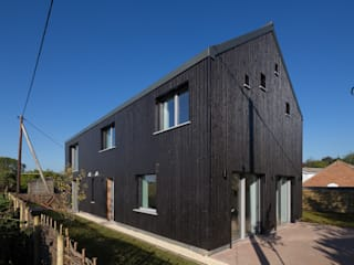 The Old Water Tower :  Houses by Gresford Architects
