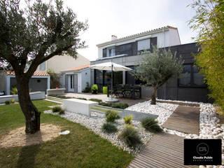 Rénovation d'une maison de pavilloneur : Maisons de style  par Agence PULIDO