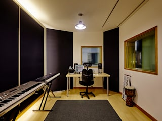 Media room by ARA