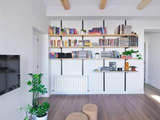 Salas de estar  por Ondo Interiorismo