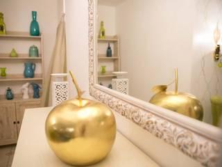 Тихая гавань Гостиная в стиле кантри от Студия дизайна интерьера 'Золотое сечение' Кантри