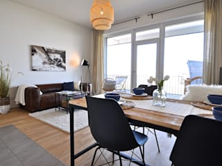 Industrialny salon od Karin Armbrust - Home Staging Industrialny