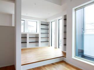 株式会社ハウジングアーキテクト建築設計事務所 客廳書櫃