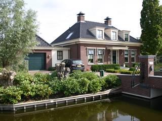Nieuwbouw vrijstaande woning Klassieke huizen van De Stijl atelier voor bouwkunst Klassiek