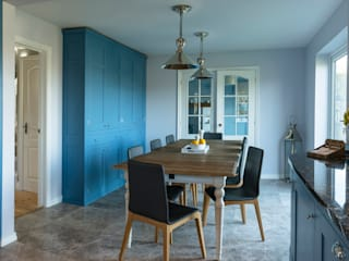 French farm house blue Ruang Makan Gaya Country Oleh Auspicious Furniture Country