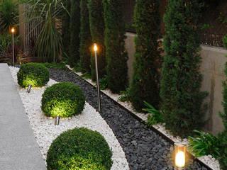 Asian style garden by Fernando Pozuelo Landscaping Collection Asian