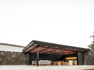 Terraza Destilería Balcones y terrazas minimalistas de 1540 Arquitectura Minimalista