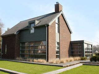Woonhuis (nieuwbouw) te Boekel:  Huizen door bureau voor architectuur aujourd´hui boekel