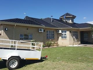 Roof renovation:   by BAC PAINTERS AND RENOVATORS,