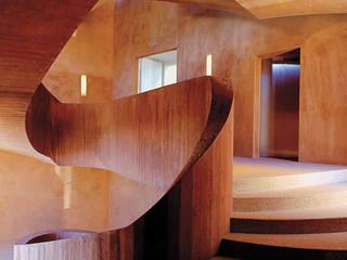 Couloir, entrée, escaliers méditerranéens par Eco-Logisch Méditerranéen