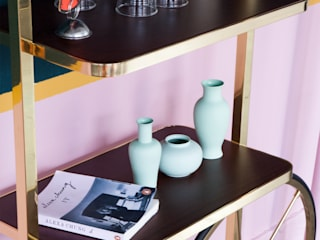 MERVE KAHRAMAN PRODUCTS & INTERIORS Living roomShelves