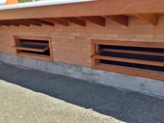 Rustic style balcony, veranda & terrace by EKOa Empreendimentos Sustentáveis Rustic