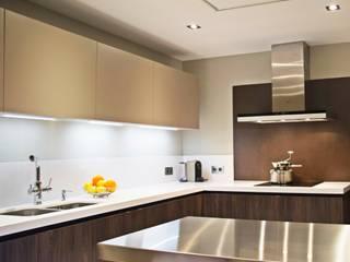 Dapur Modern Oleh Cocinahogar Estudio Modern