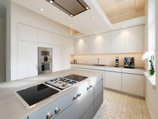 Cocinas de estilo minimalista de Klocke Möbelwerkstätte GmbH Minimalista