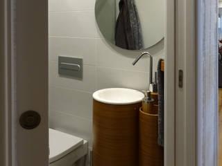 Rehabilitación y decoración de vivienda en Bilbao de DoSS Estudio