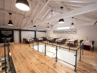 SALA DE PROVAS- FERNÃO PÓ ADEGA-WINERY: Adegas  por Vera Nunes Arquitecta |ARK GROUP,Mediterrânico