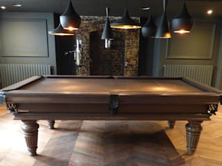 Traditional Pool & Snooker Table: classic  by Luxury Pool Tables Limited, Classic