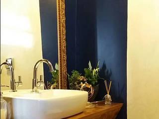 Lavabo: Banheiros  por Karol Sarnecki - Arquitetura e Interiores
