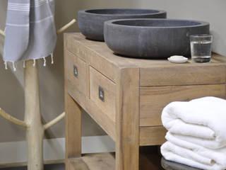 Eiken badkamermeubel:  Badkamer door RestyleXL