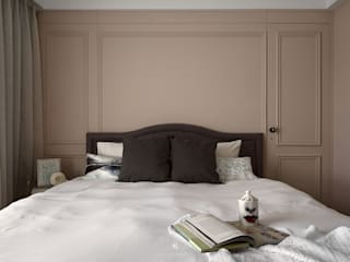 理絲室內設計有限公司 Ris Interior Design Co., Ltd. BedroomBeds & headboards Purple/Violet