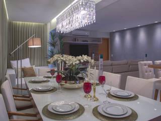 Área social de um lindo apartamento Carolina Fontes Arquitetura Salas de jantar modernas