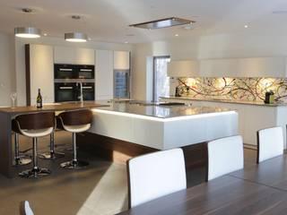 Client Kitchen Modern kitchen by Bradburys Modern