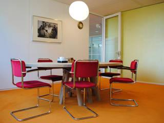 Herinrichting Raad van Bestuur woningcoöperatie Rochdale :   door peter dautzenberg + partners interieur+architecten bna+bni