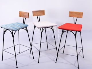 Silla bar 58 Colorful:  de estilo  por SquareTop Design